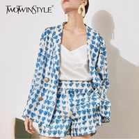 TWOTWINSTYLE Elegante Print Blazer Shorts Suits Vrouwelijke Flare Mouwen Jassen Tops Hoge Taille Broek Tweedelige Sets Vrouwen Mode Nieuwe