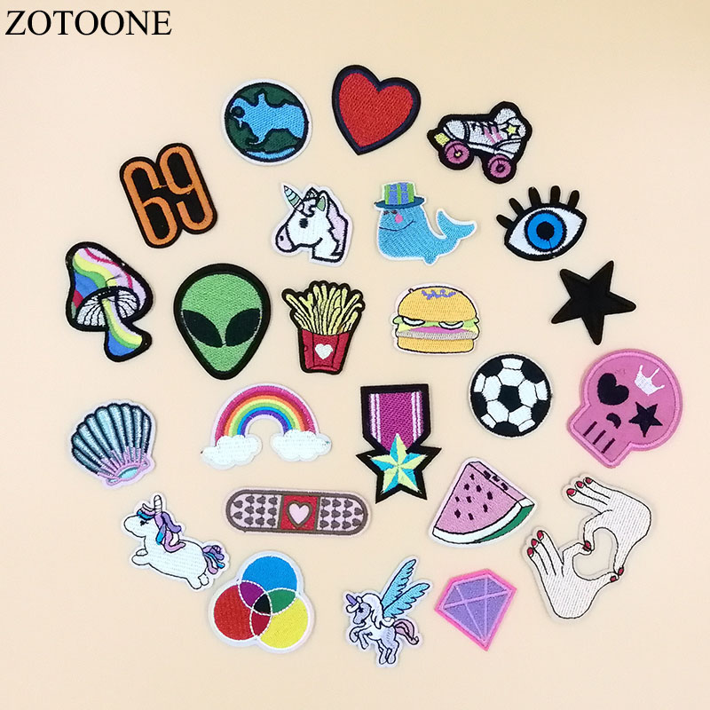 15 Pcs Random Animals Parches Embroidery Iron on Unicorn Patches for Clothing DIY Foods Stripes Clothes UFO Stickers Appliques