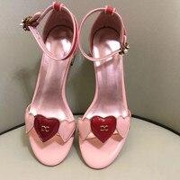 Роскошные брендовые дизайнерские женские сандалии из лакированной кожи на высоком квадратном каблуке, красные, розовые сандалии с кристал