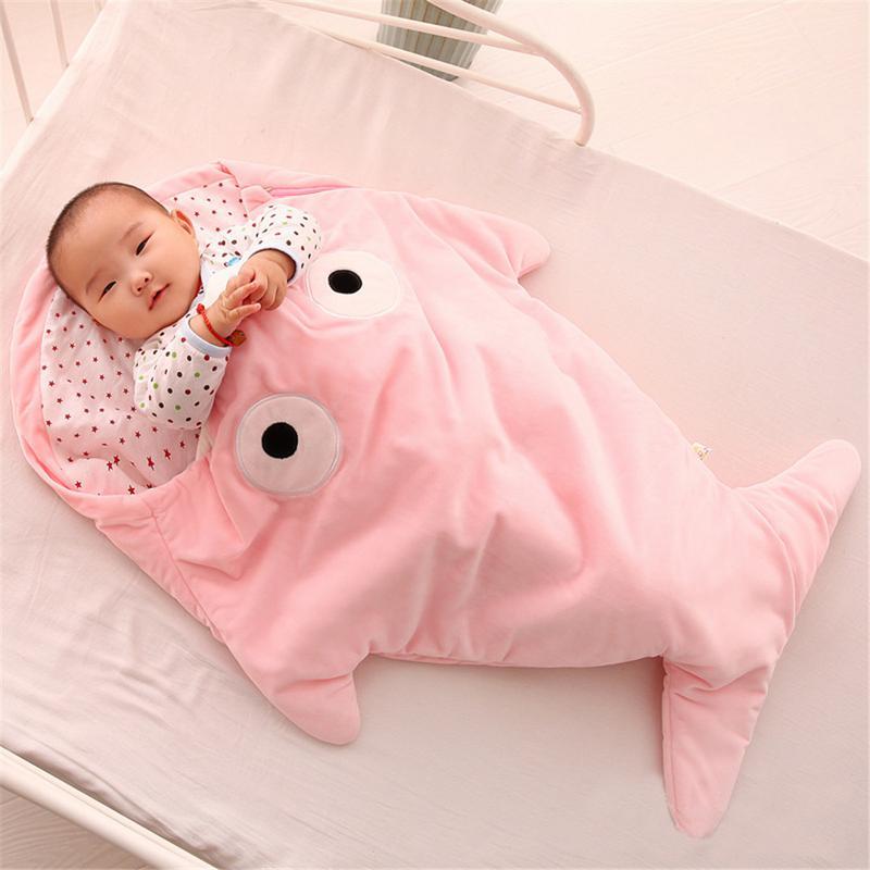 Creative Infant Sleeping Bag Shark Sleeping Bag Cartoon Anti-kick Is Autumn And Winter Baby Out Of Cotton Hugs Creative Gifts