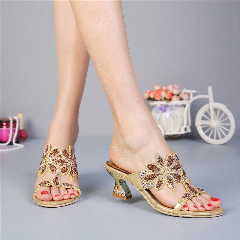 Excellentes chaussures pour femmes en strassExcellentes chaussures pour femmes en strass