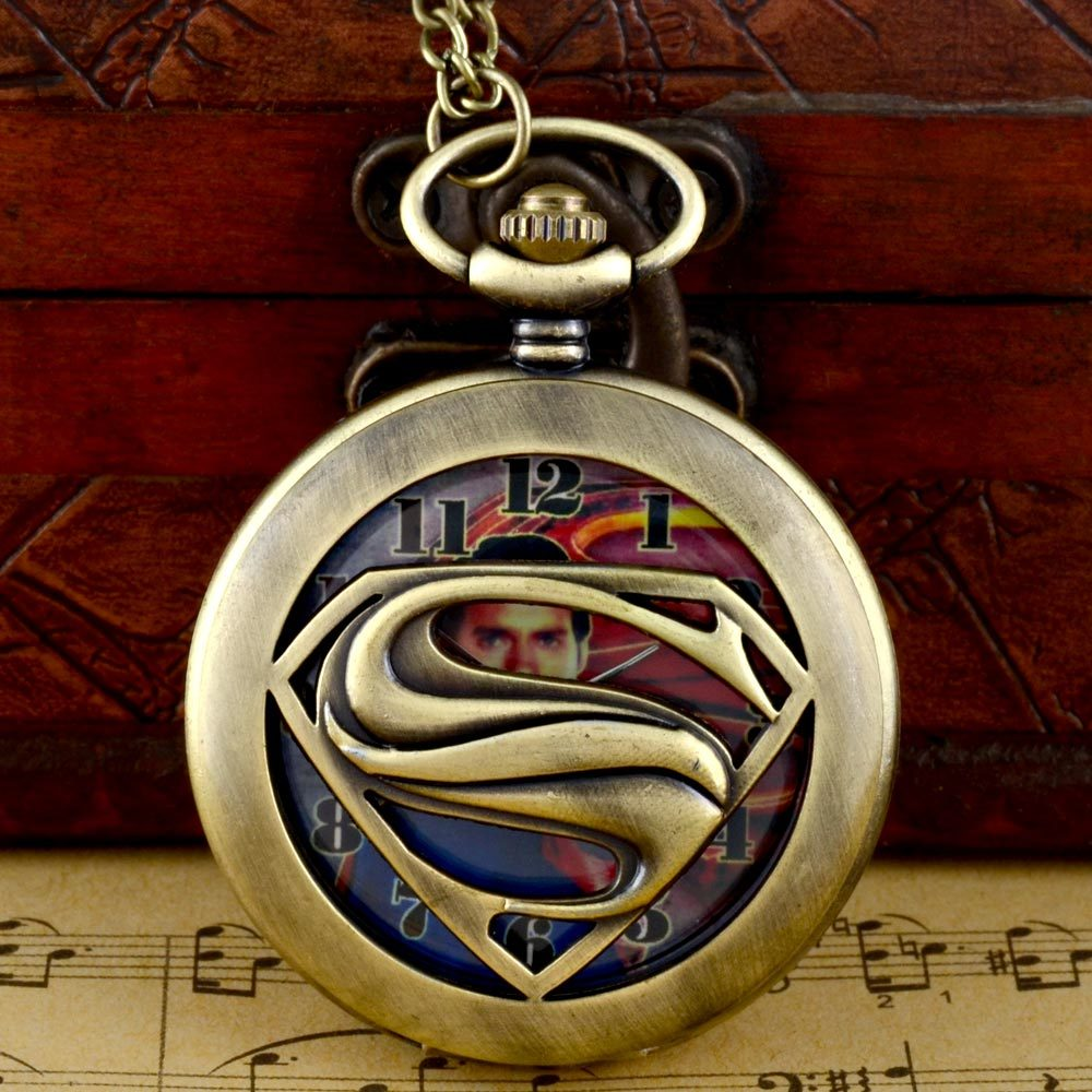 Fashion Superman Hollow Quarts Vintage Retro Pocket Watch With Chain Hot Selling Gift
