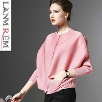 LANMREM 2019 New Fashion Pleated Clothing Shirt O neck Long Batwing Sleeve Single Breasted Pleated Pockets Woman Blouse SA566
