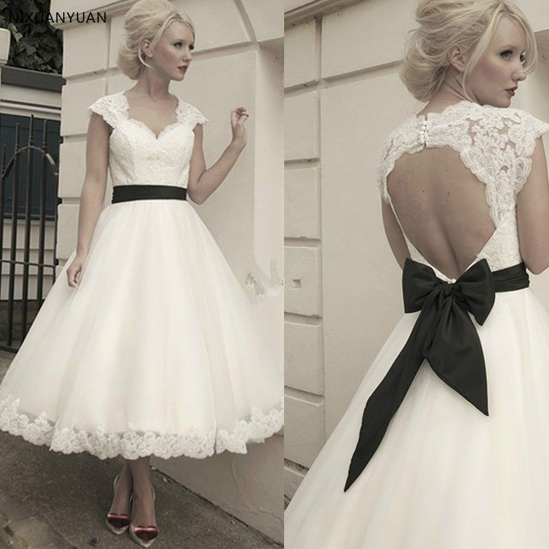 New White Or Ivory Sweetheart Neck Lace Short Wedding Dress Bridal Wedding Gown With Detachable Backless Jacket