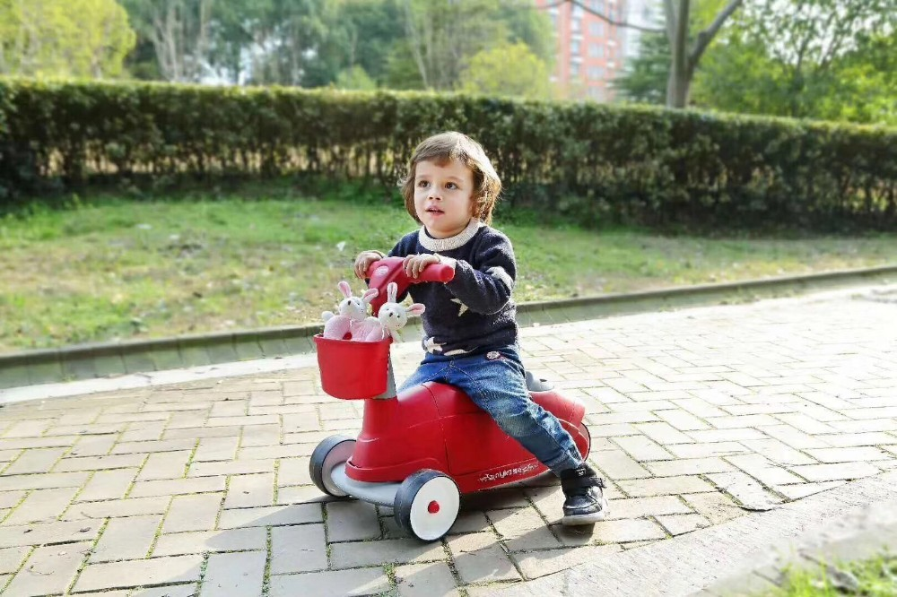 Enfants deux-en-un Scooter et Ride-On jouet bébé Balance vélo Walker Kick Foot Skateboard 3 roues pour 1-5 ans Triciclo - 3