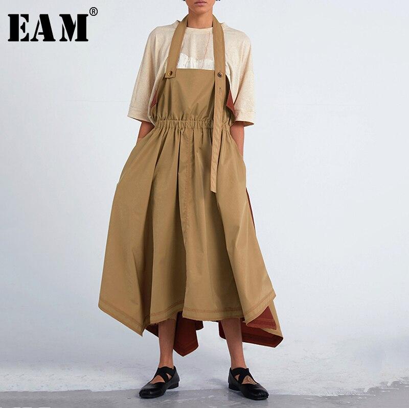 [EAM] 2019 printemps femme personnalité élégant Hit couleur sans manches deux méthodes d'usure plissée épissé longues bretelles lâche robe LI500