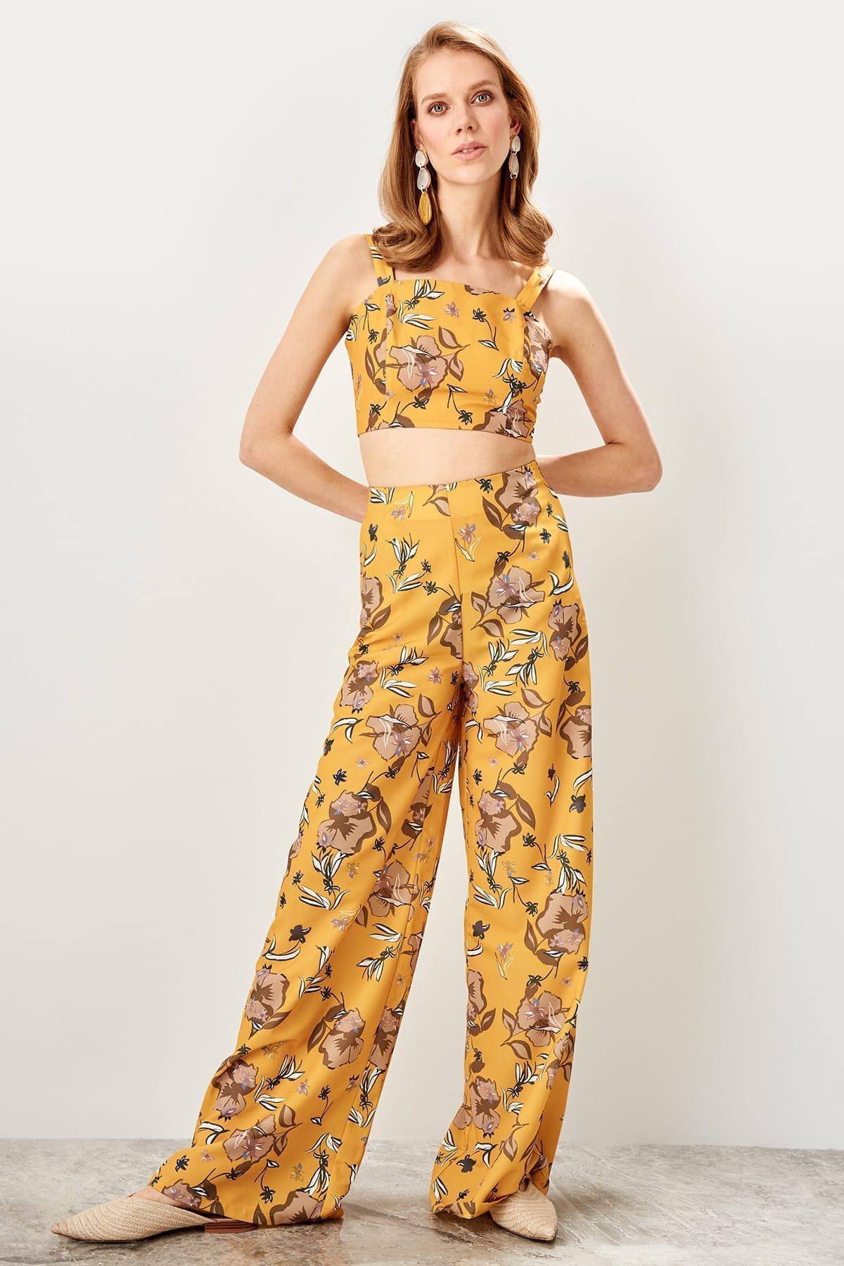 Trendyol Multicolour Pattern Pants TWOSS19EH0110