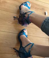 Hot 2019 Fashion Butterfly Thin Heels Gladiator Women Sandals Sexy Cross Buckle Cover Heel Blue Sandals Lady Dress Shoes