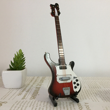 Guitarra eléctrica en miniatura de madera de 20cm para bajo, modelo para 1/6, accesorios de figuras de acción #4