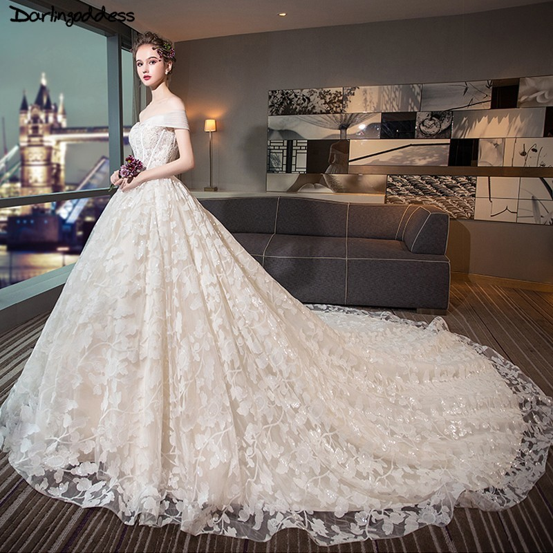 Backless Wedding Dresses 2019: Vestido De Novia Luxury Ball Gown Long Train Wedding Dress