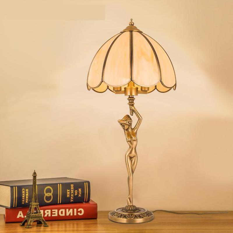 Sexy fille lampe De table lecture éclairage étude lampes salon chambre cuivre beauté bureau lampe moderne E14 * 2 Led Luminaria De Mesa