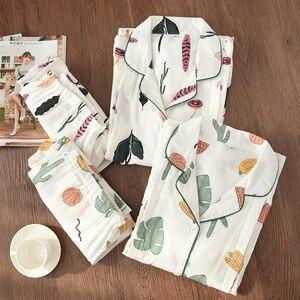 Image 1 - 100% Garza di Cotone Sottile Maternità Usura Delle Donne Pajamas Set Allentato Allattamento Al Seno Vestiti Del Fumetto Degli Indumenti Da Notte di Autunno Più Il Formato Pigiama