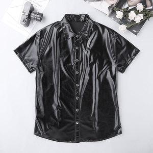 Image 4 - TiaoBug גברים שחור פטנט עור חולצה חולצות קצר שרוול עיתונות כפתור מזדמן חולצה מועדון לילה מסיבת שלב זכר סקסי תלבושות חולצות