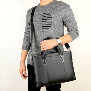 Image 5 - คลาสสิกออกแบบกระเป๋าถือสำหรับ Man Business กระเป๋าเอกสารกระเป๋าคอมพิวเตอร์ชายกระเป๋าสำนักงานผ้ากันน้ำ PVC Travel กระเป๋าทำงานไหล่
