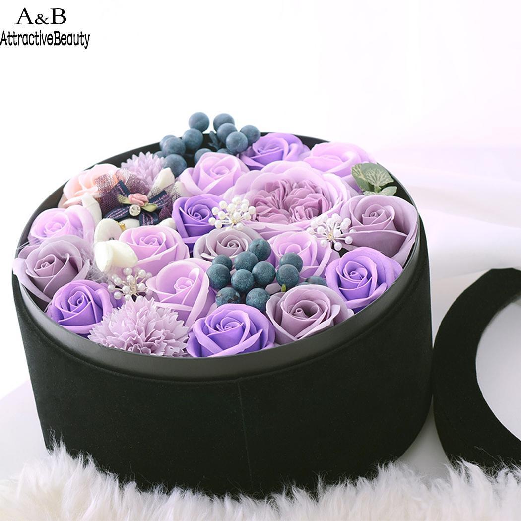 Beautiful Romantic Soap Flower Round Flannelette Gift Valentines Day, Birthday BoxBeautiful Romantic Soap Flower Round Flannelette Gift Valentines Day, Birthday Box