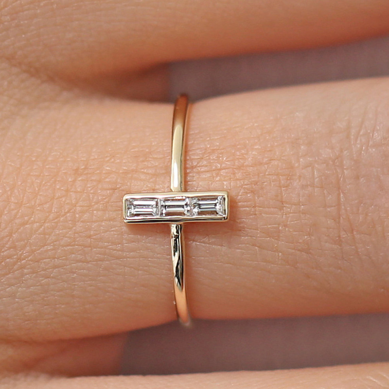 Small Square Cubic Zircon Women T Ring Engagement Wedding Band Rose Gold Silver Color Female Finger Ring Party Jewelry DBR150