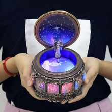 12 Constellations Vintage Zodiac Luminous Music Box with LED Lights Easter Birthday Valentine's Gift Wedding Home Decoration(China)
