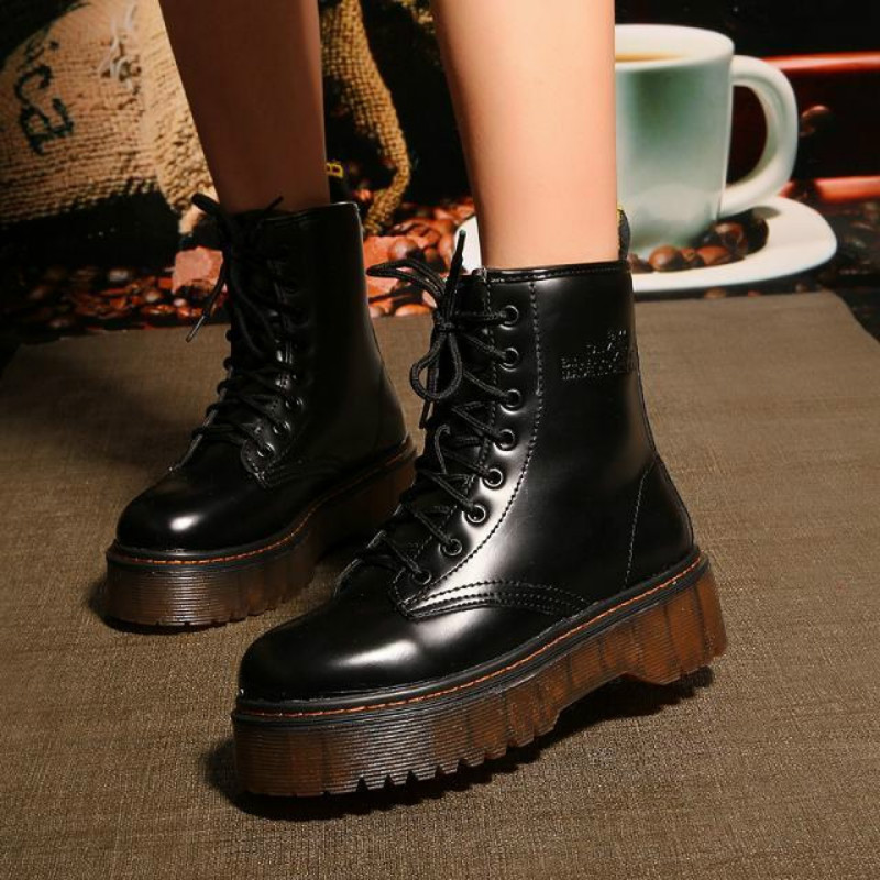 Soft leather fashion Women Motorcycle Boot casual Winter Warm Shoes Female Motorcycle Ankle Snow Boots For Woman Botas mujer