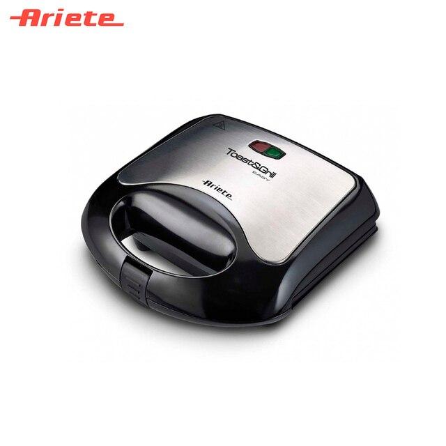 Гриль Ariete 1980 Sandwich maker черный, компактный, мощность 750 Вт, антипригарное покрытие, 2 рифленые нагревающие пластины