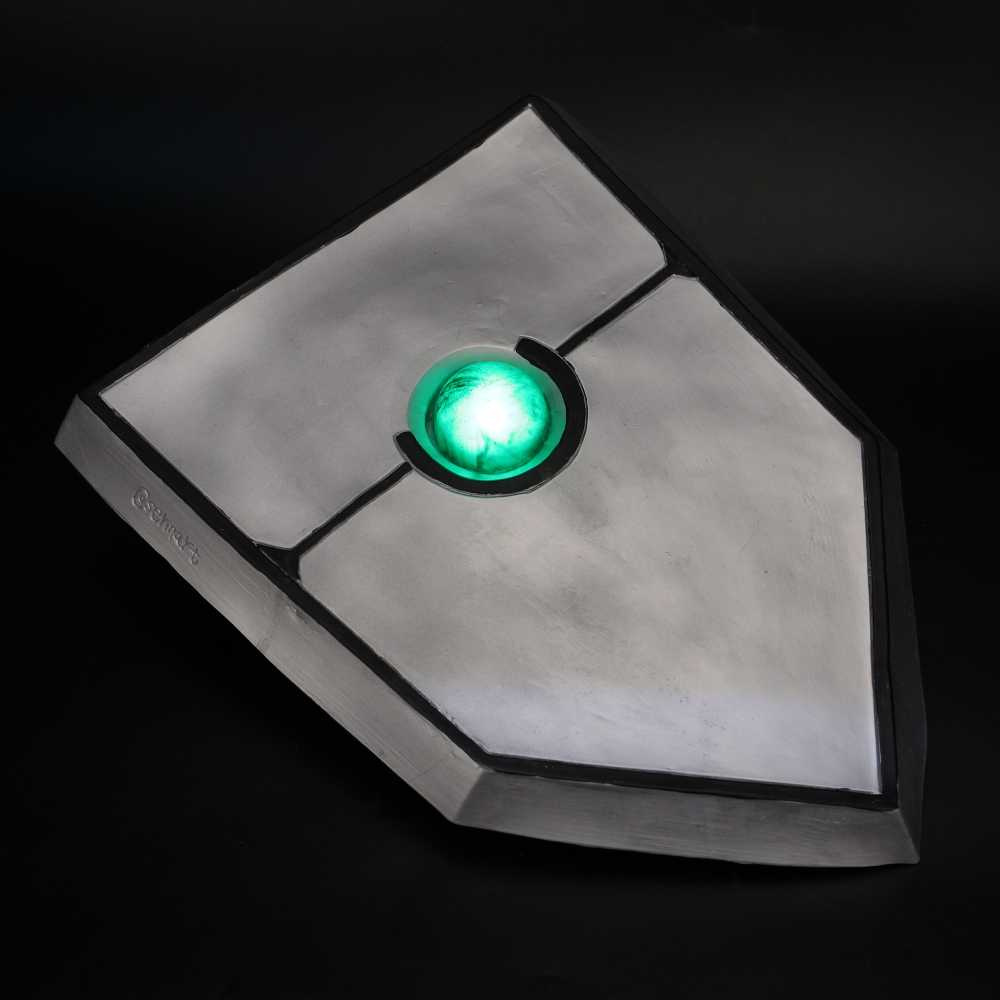 The Rising Of The Shield Hero Naofumi Iwatani Cosplay Props Light LED Shield NEW
