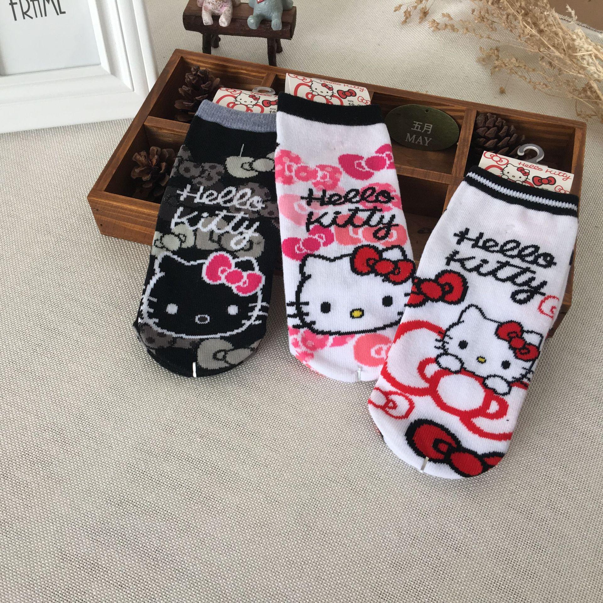 Cartoon Hello Kitty Women   Socks   Casual Funny Cute Kitten Stitching Pattern Cotton   Socks   Harajuku Kawaii Animal Print Cozy   Socks