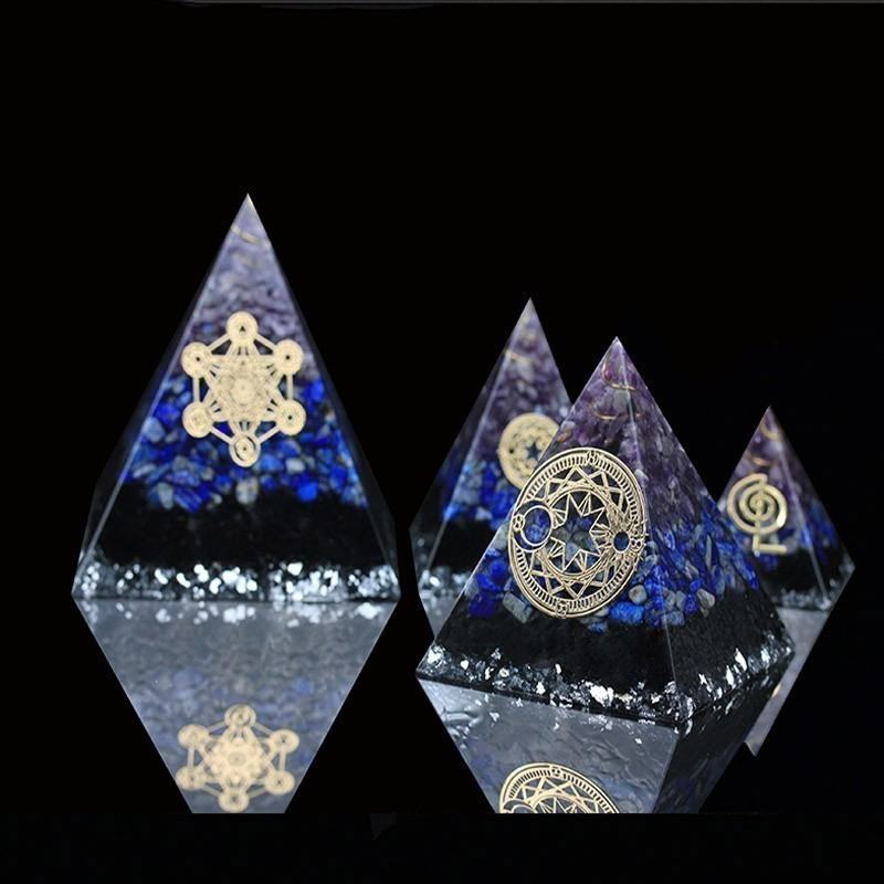 AURA REIKI Orgonite Aogen Natural Crystal Energy Pyramid Decoration Aowei Energy Generator Helps Soothe The Soul Process Resin