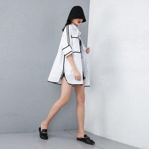 Image 2 - [Eam] 2020 Nieuwe Lente Zomer Revers Half Mouw Pocket Split Joint Losse Big Size Overisze Shirt Vrouwen Blouse mode Tij JT609