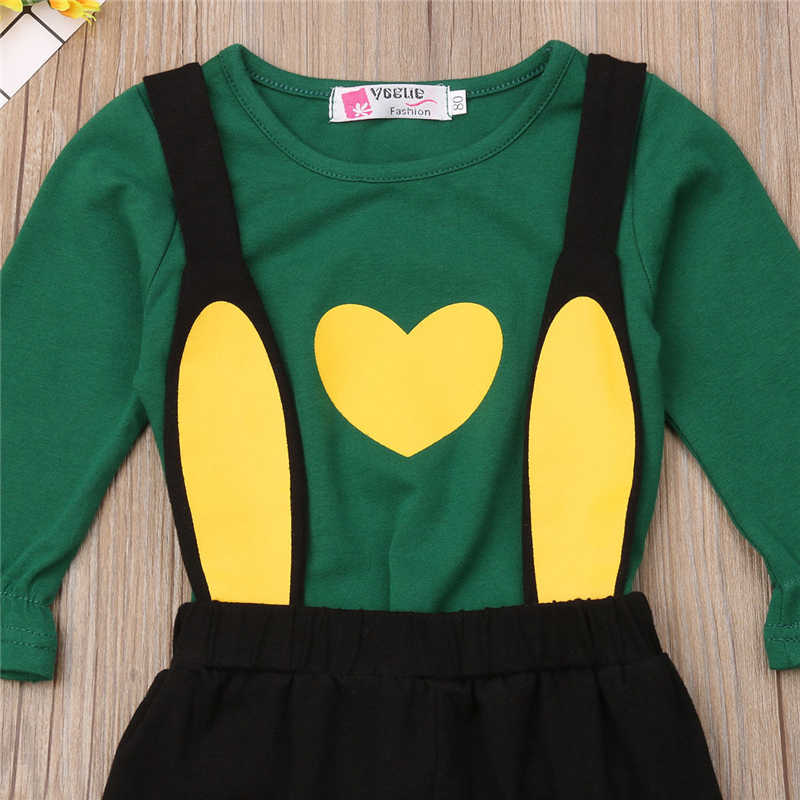 Комплект одежды для маленьких мальчиков и девочек, хлопковые рубашки с расклешенными рукавами и принтом в виде сердца, топы + черные брюки с кроликом, милая повседневная детская одежда, комплект из 2 предметов
