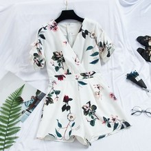 New Summer Casual Puff Sleeve Flower Short Rompers Sexy Women V-Neck Floral Print Jumpsuits Loose Office Lady Wide Leg Playsuits v neck sexy print stripe bell sleeve loose jumpsuits