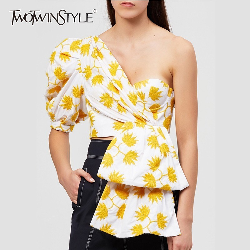 TWOTWINSTYLE Print Puff Half Sleeve Shirts Blouse Women Off Shoulder Irregular Crop Top Female 2019 Sexy Casual Fashion Tide