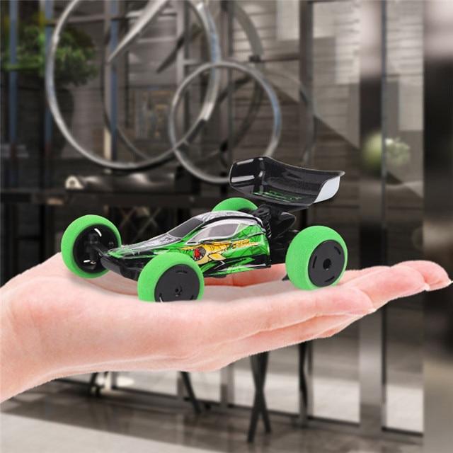 2019 חדש 1/32 2.4G 6CH RC מכונית מיני המכונית טריק עם LED אור רדיו בקרת קטן אופנה RC רכב צעצועי ילדים מתנות עם משדר