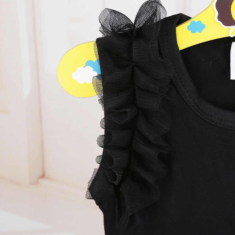 Милый новорожденный инфантил для маленьких девочек с бантом, вышитым маленьким черным платьем Модный комбинезон с буквенным принтом