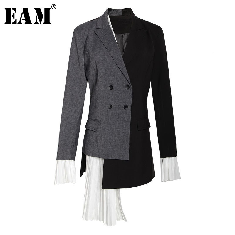 [EAM] 2020 New Autumn Summer Lapel Long Sleeve Gray Hit Color Pleated Irregular Split Joint Jacket Women Coat Fashion Tide YC9
