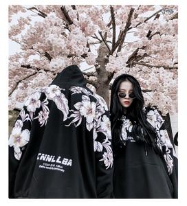 Image 2 - 2018 Winter Nieuwe bloemenprint dikke mannen hoodie Katoen oversize Harajuku High Street Mannen Vrouwen Lange Mouwen Top