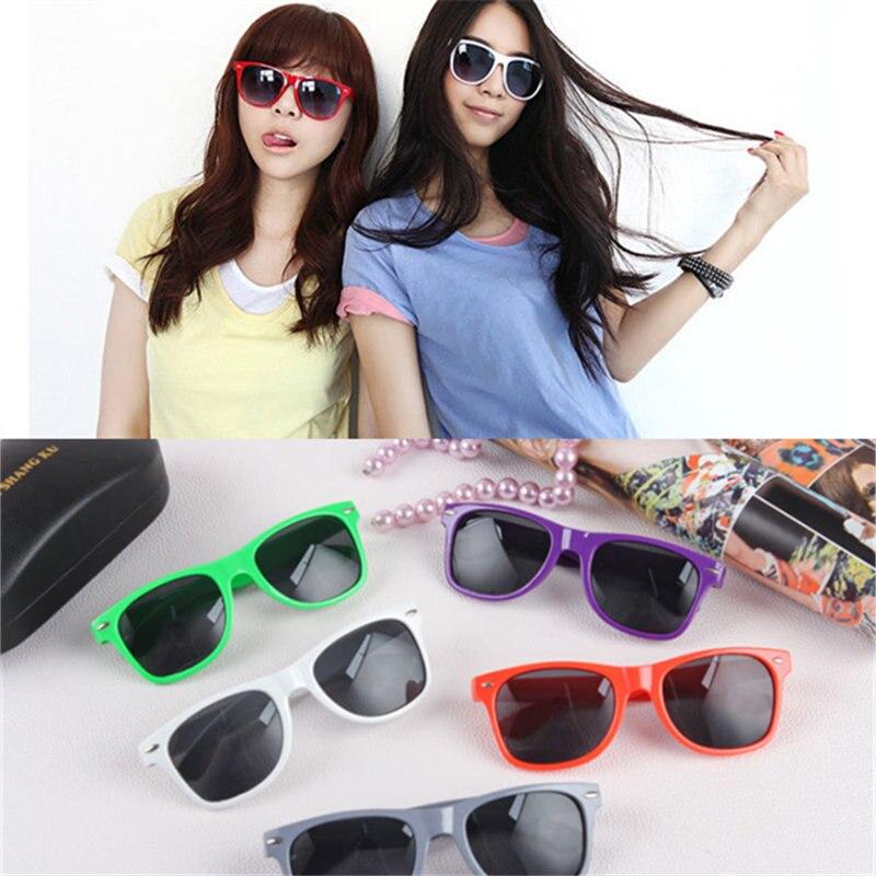Colores múltiples disponibles anti-UV gafas de sol clásico de los hombres gafas de sol de las mujeres de la moda gafas