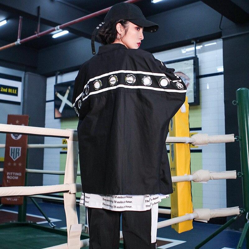 #5560 Nouveau 2019 Printemps Chauve-Souris À Manches Longues Chemise Pour Femmes Hommes Punk Tunique anneaux en métal Streetwear style coréen grande taille Chemisier Noir