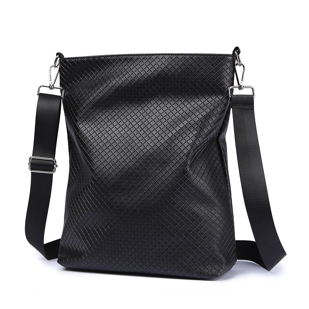 Crossbody Diaper Bag For Baby Care Black Plaid Large Capacity Messenger Bag Nappy Changing Stylish Diaper Bag Stroller Bag