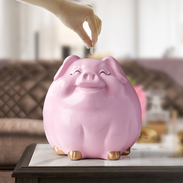 Cute piggy bank