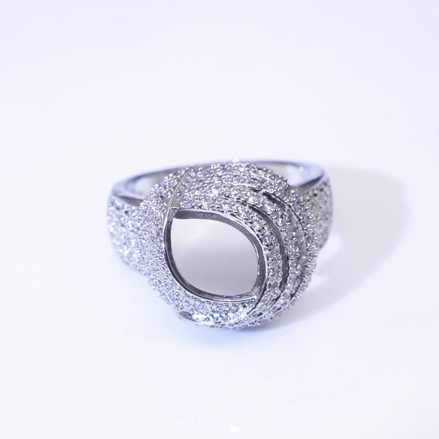 18K Gold Wrap Around Diamond Fashion Ring  2