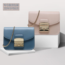 european stylish sequin handbag womens designer brand luxury 2019 small crossbody bag ladies bolsa fur chains