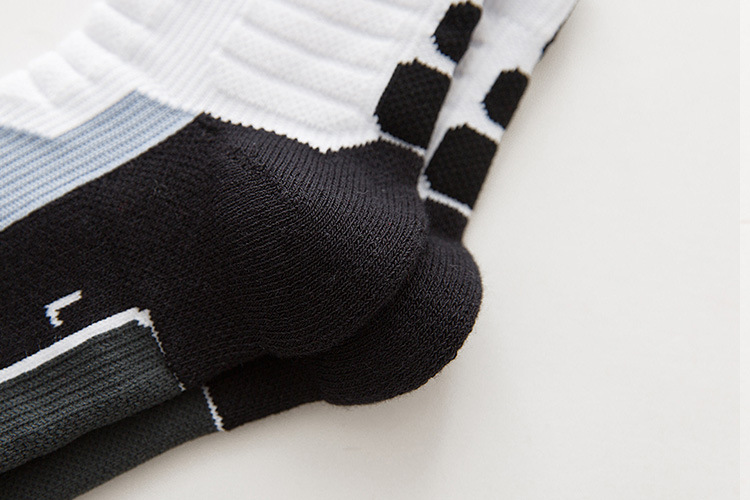 Image 5 - Professional basketball socks tube deodorant Thermal Winter Thick Compression Ski Tubing Outdoor sports fitness Sweat Towel Sock-in Cycling Socks from Sports & Entertainment