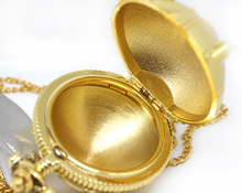 Porte clé doré, avec pendentif Snitch, jeu Cosplay, magicien, accessoire cadeau danniversaire dhalloween, de noël, pour enfant