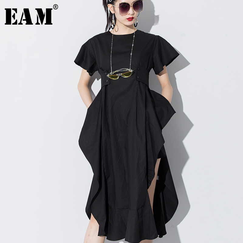 [EAM] 2019 New Spring Summer Round Neck Short Sleeve Black Loose Ruffles Side Vent Loose Temperament Dress Women Fashion JS568