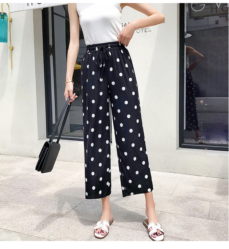 2019 spring and summer new fashion wild black and white wave point wide leg pants seaside holiday beach dot pants