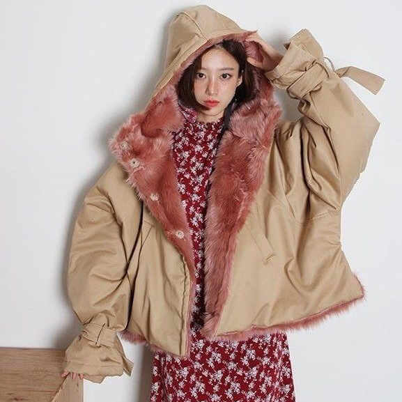 Special Price LANMREM New Fashion Hooded Patchwork Faux Fur Lining Oversize Winter Jacket 2018 Female's Short Type Coat Jaqueta Feminina YE824