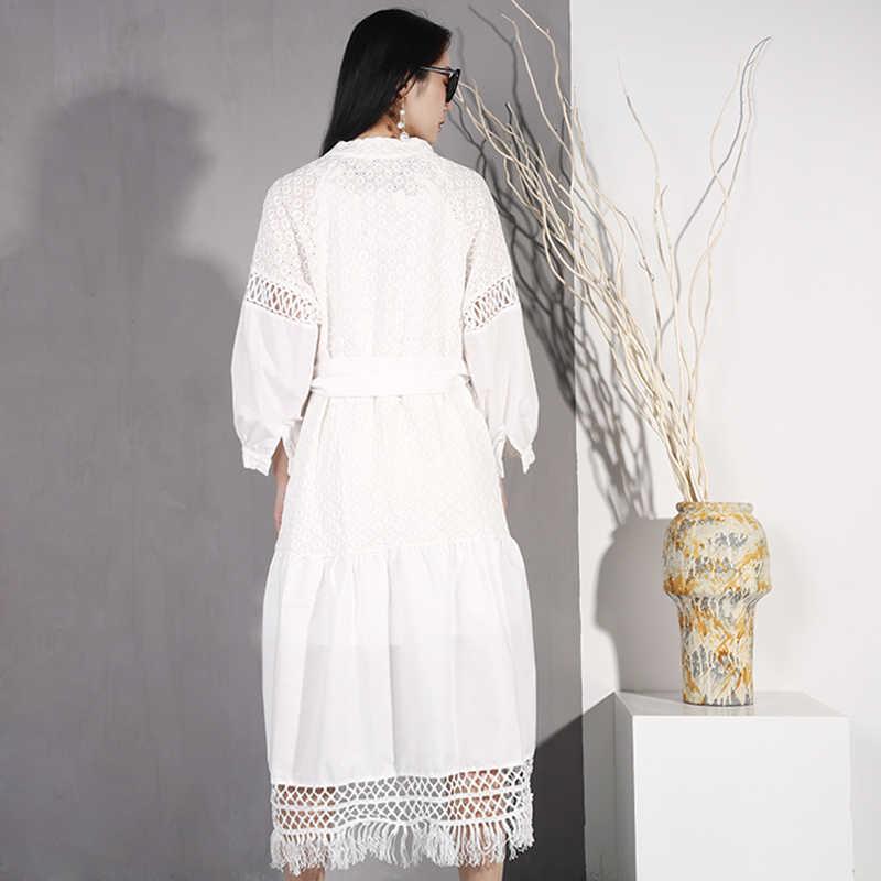 LANMREM 2019 Новое сплошное с v-образным вырезом полое платье с поясом винтажное белое платье для женщин летнее Свободное длинное Бандажное элегантное платье S08900