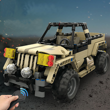 495 pcs RC Military pickup truck 2.4G Remote Control Car DIY Assemble robot car Building Block Smart Modular Toys gift