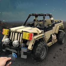 495 pcs RC Military pickup truck 2.4G Remote Control Car DIY Assemble robot car Building Block Smart Modular Toys gift