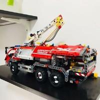 Lepin Block 20055 Mechanical Engineering Column Rescue Vehicle Spelling Insert Assembling Building Blocks Oxyphylla Toys 180pcs