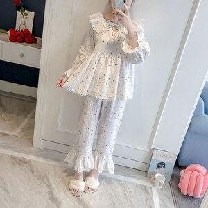 Image 3 - 2019 printemps automne femmes pyjamas mignons ensembles avec pantalon coton vêtements de nuit mignon dentelle col en v Double gaze vêtements de nuit Pijama